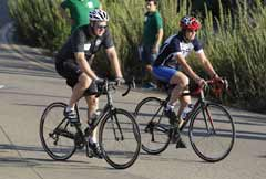 San Diego mayor Kevin Faulconer and police chief Shelley Zimmerman leading the ride - Click for larger image